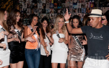 Miss Universe 2011 Contestants at Diquinta bar and night club