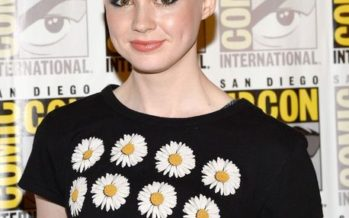 Karen Gillan shaves head for Guardians of the Galaxy