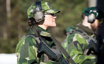 The Crown Princess visits the Amphibious Regiment
