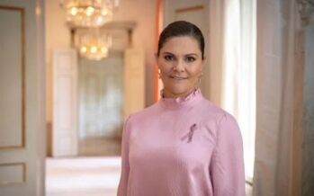 Sweden: Crown Princess Victoria supports the Swedish Cancer Society's Pink Ribbon Campaign